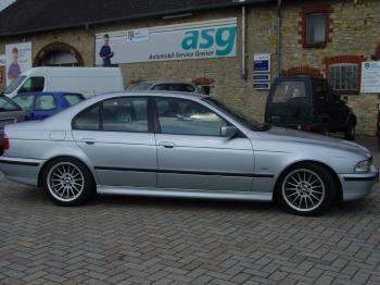 BMW E39, 540 i